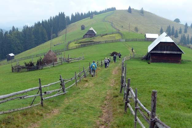 Alpages de Bucovine, au-dessus de Moldoviţa<br /><p class=