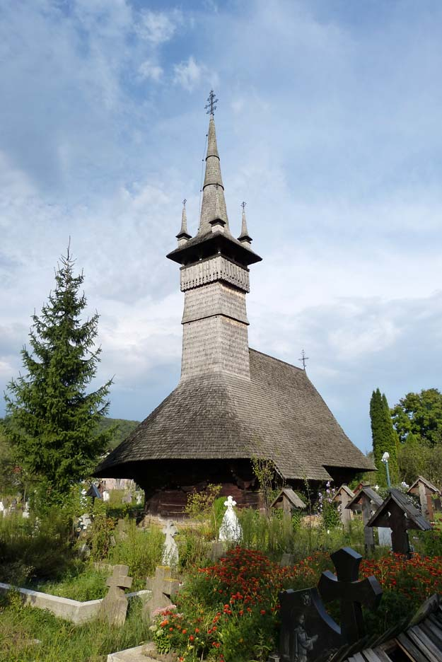 Eglise en bois de Rogoz